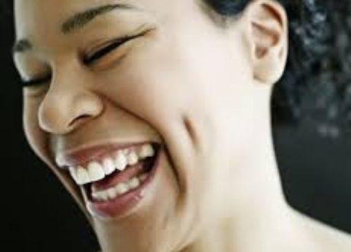 الضحك الشديد