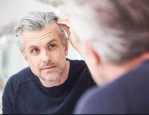 علاج تساقط الشعر بالليزر البارد